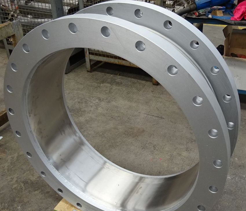 Metal expansion joint for steam and condensate circuits