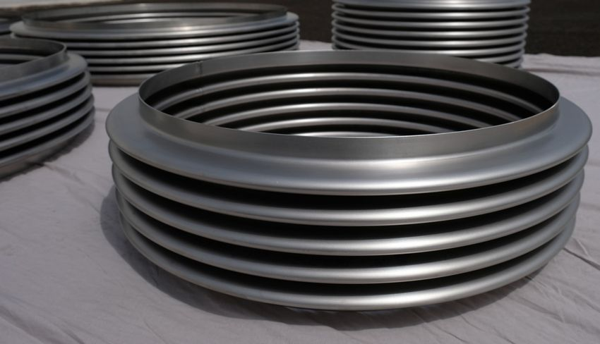 Metal expansion joints for the chemical industry